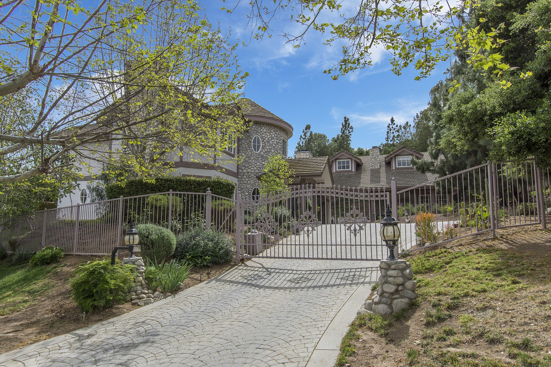 1511 Pathfinder Avenue, Westlake Village, CA 91362
