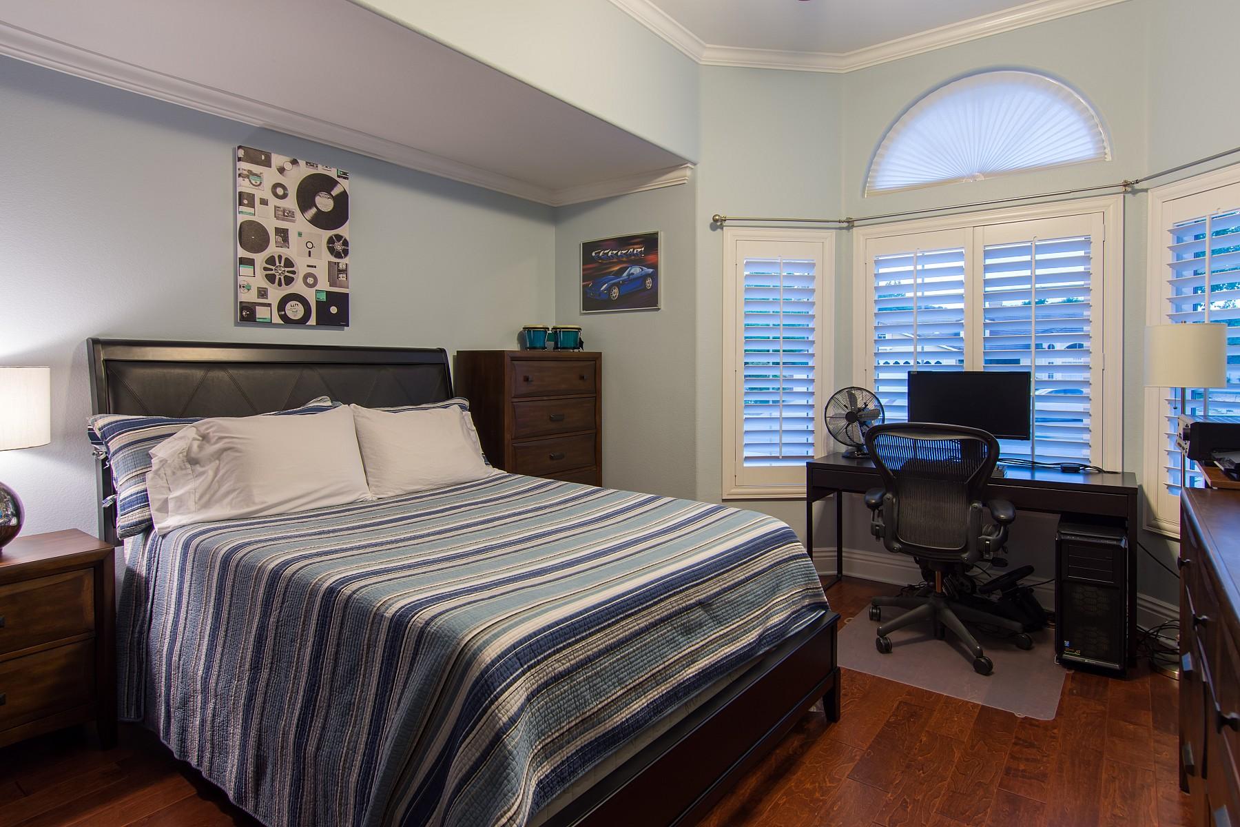 5395 Walworth Court, Oak Park, CA 91377