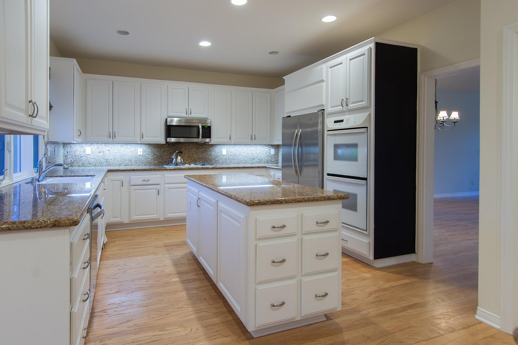 1736 Yarnton Street, Lake Sherwood, CA 91361