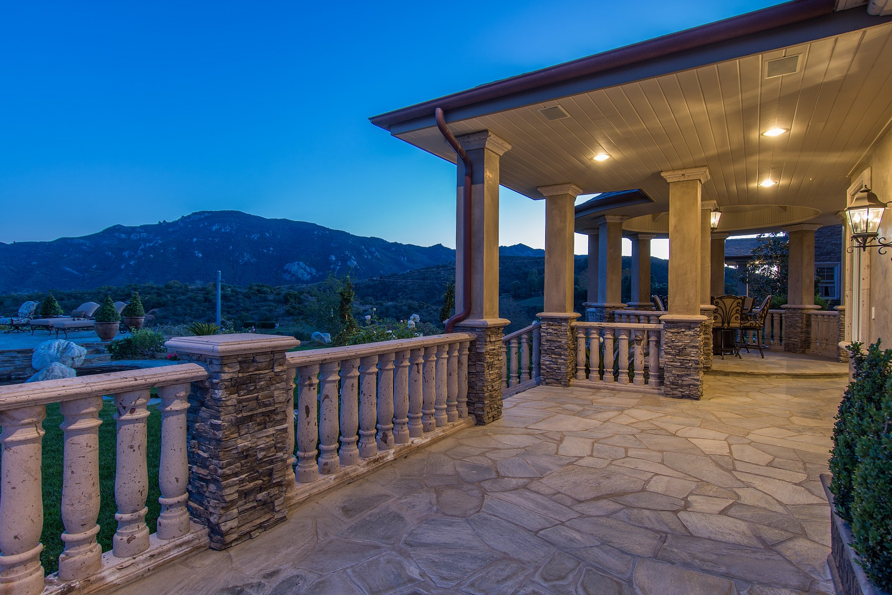 2200 White Stallion Road, Thousand Oaks, CA 91361