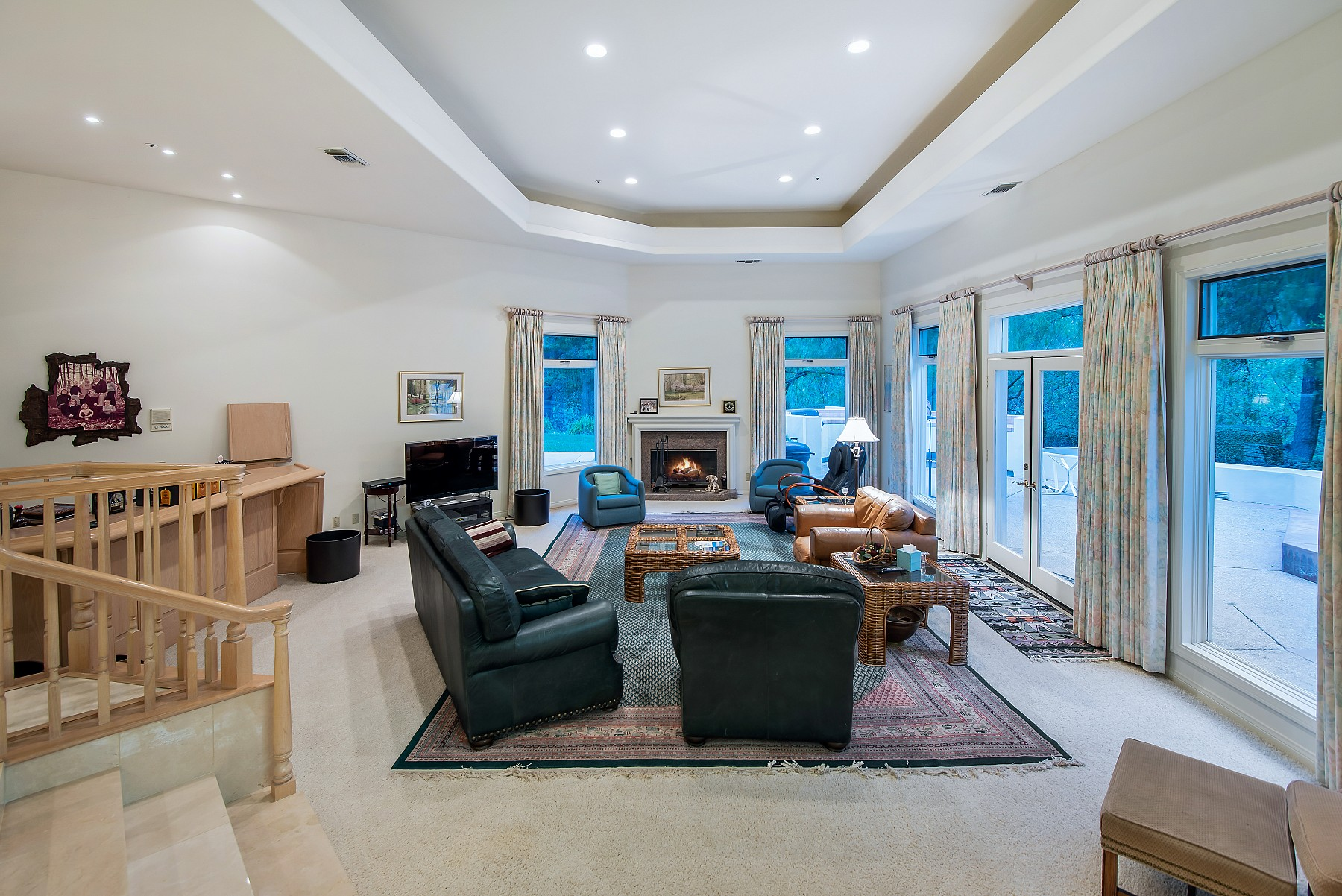 735 Country Valley Road, Westlake Village, CA 91362