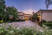 5111 Densmore Avenue, Encino, CA 91436