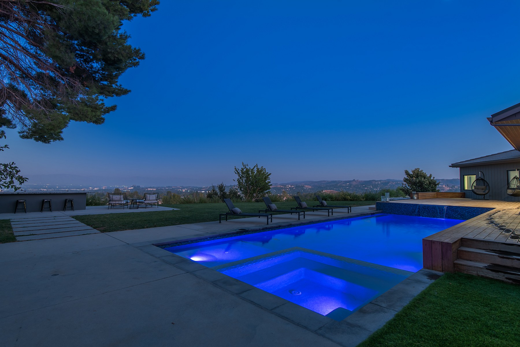 5550 Bonneville Road, Hidden Hills, CA 91302
