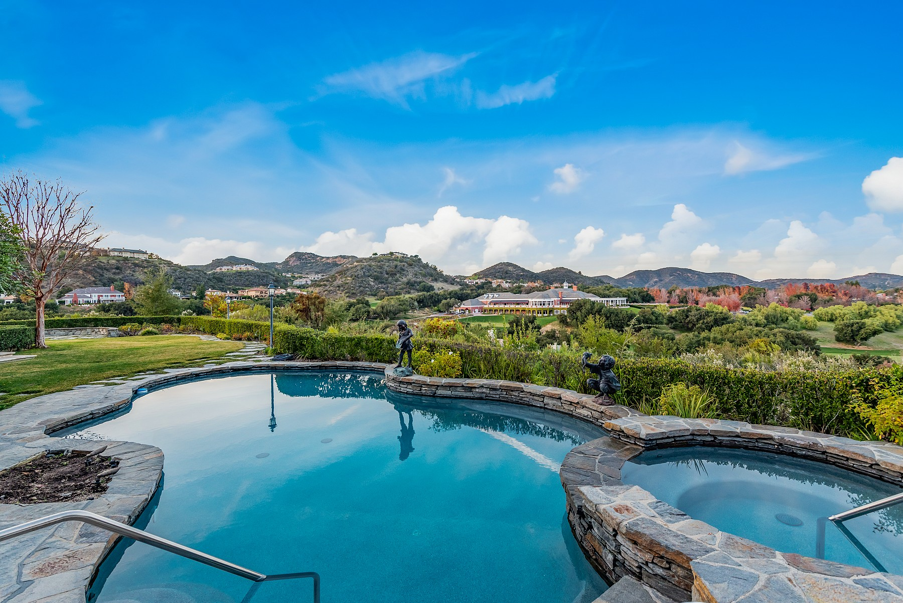 2731 Elderoak Road, Thousand Oaks, CA 91361