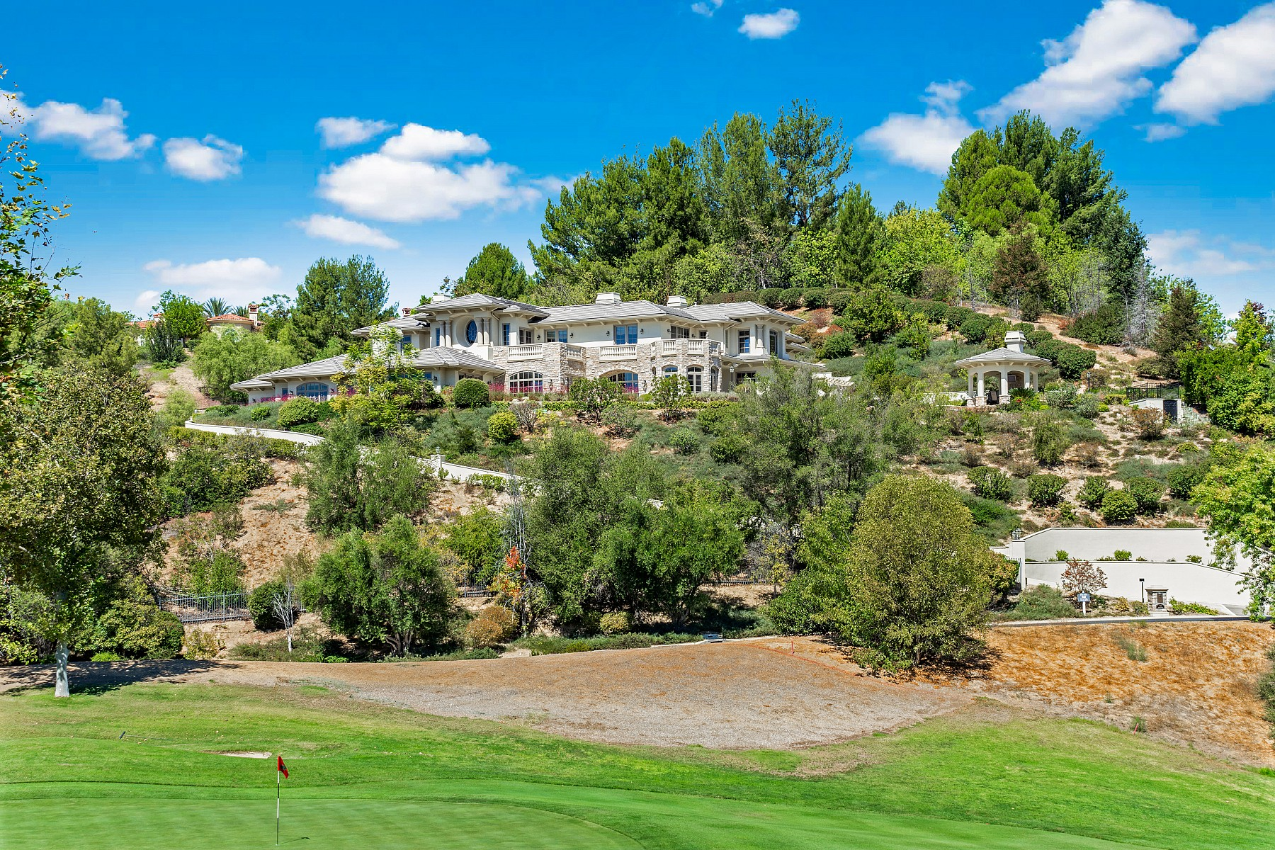 949 Brook Meadow Court, Westlake Village, CA 91362