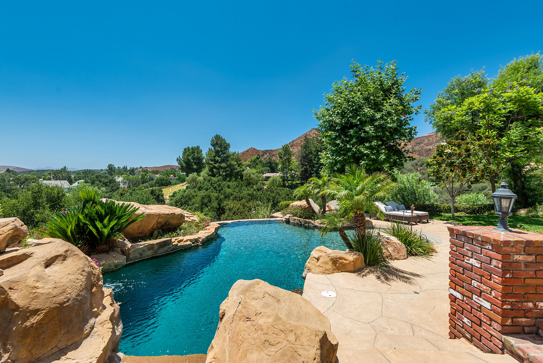 5808 Highcliff Court, Westlake Village, CA 91362
