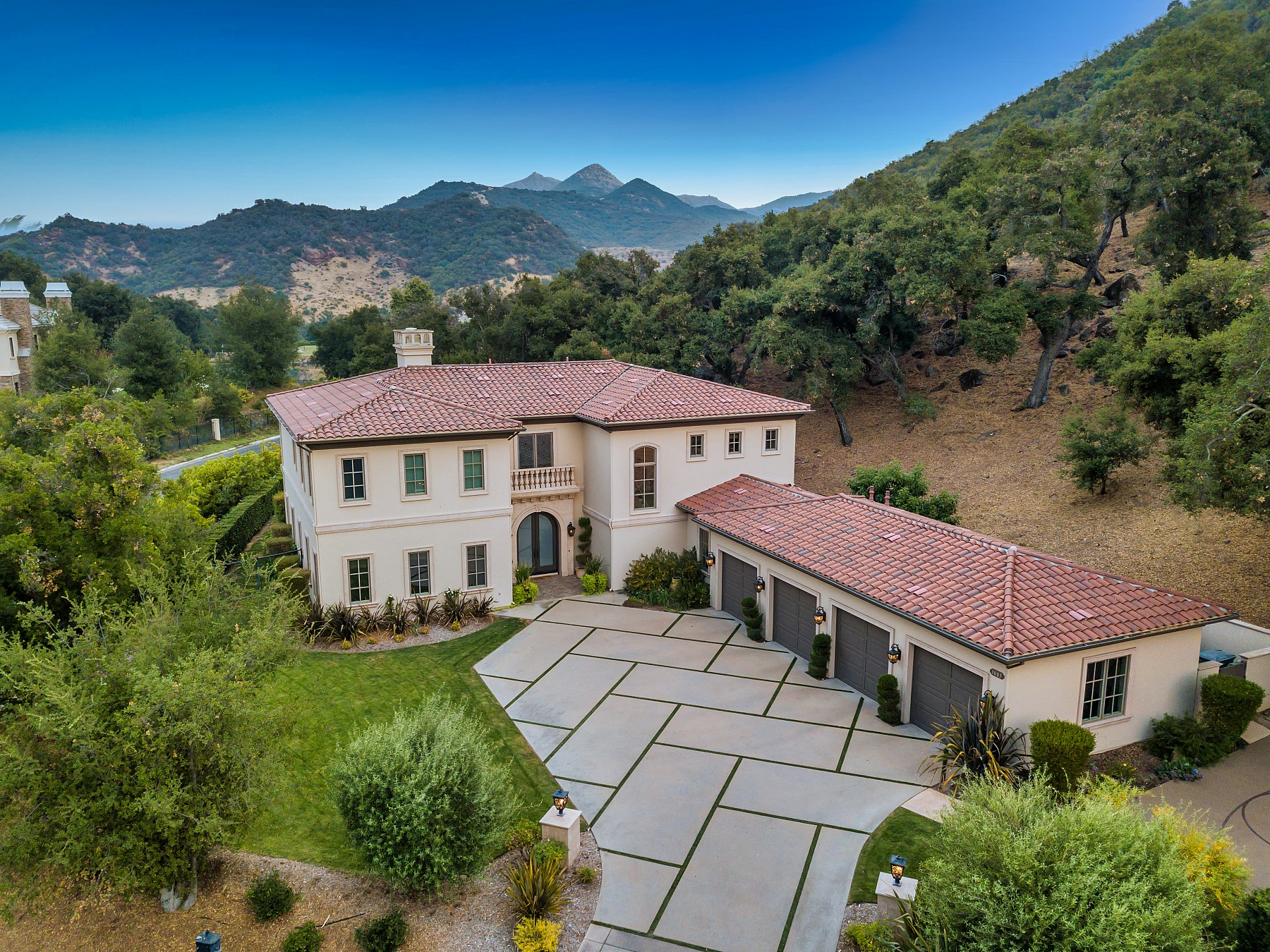 3005 Stafford RD, Thousand Oaks, CA 91361