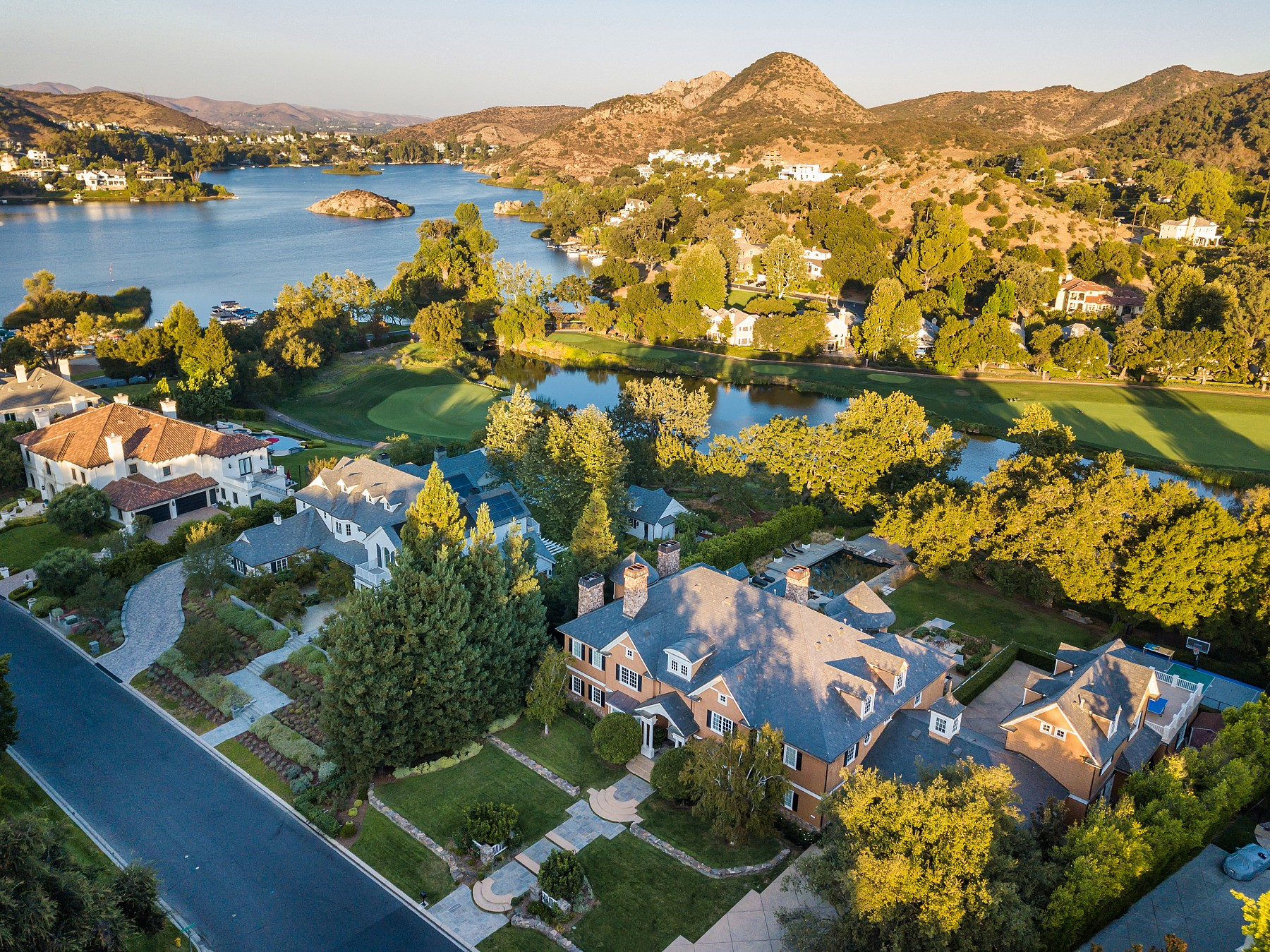 224 W Stafford Road, Thousand Oaks, CA 91361