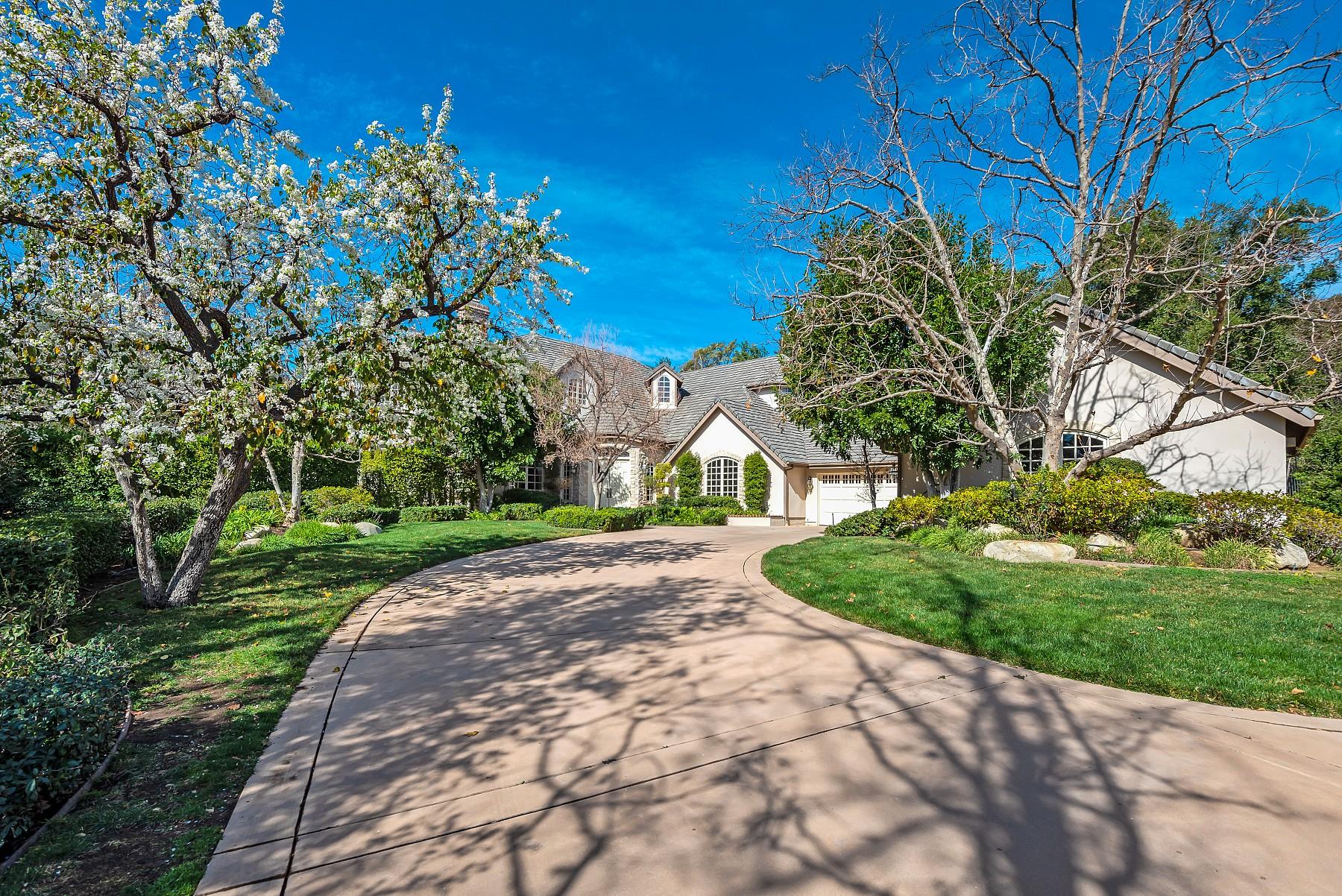 1649 Crown Ridge Court, Westlake Village, CA 91362