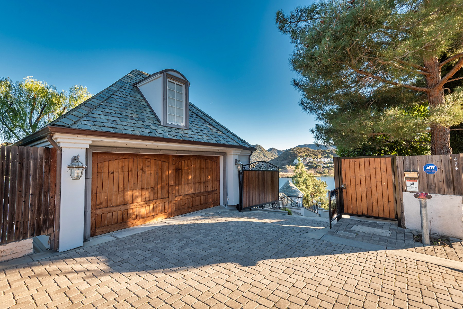 474 Lake Sherwood Drive, Lake Sherwood, CA 91361