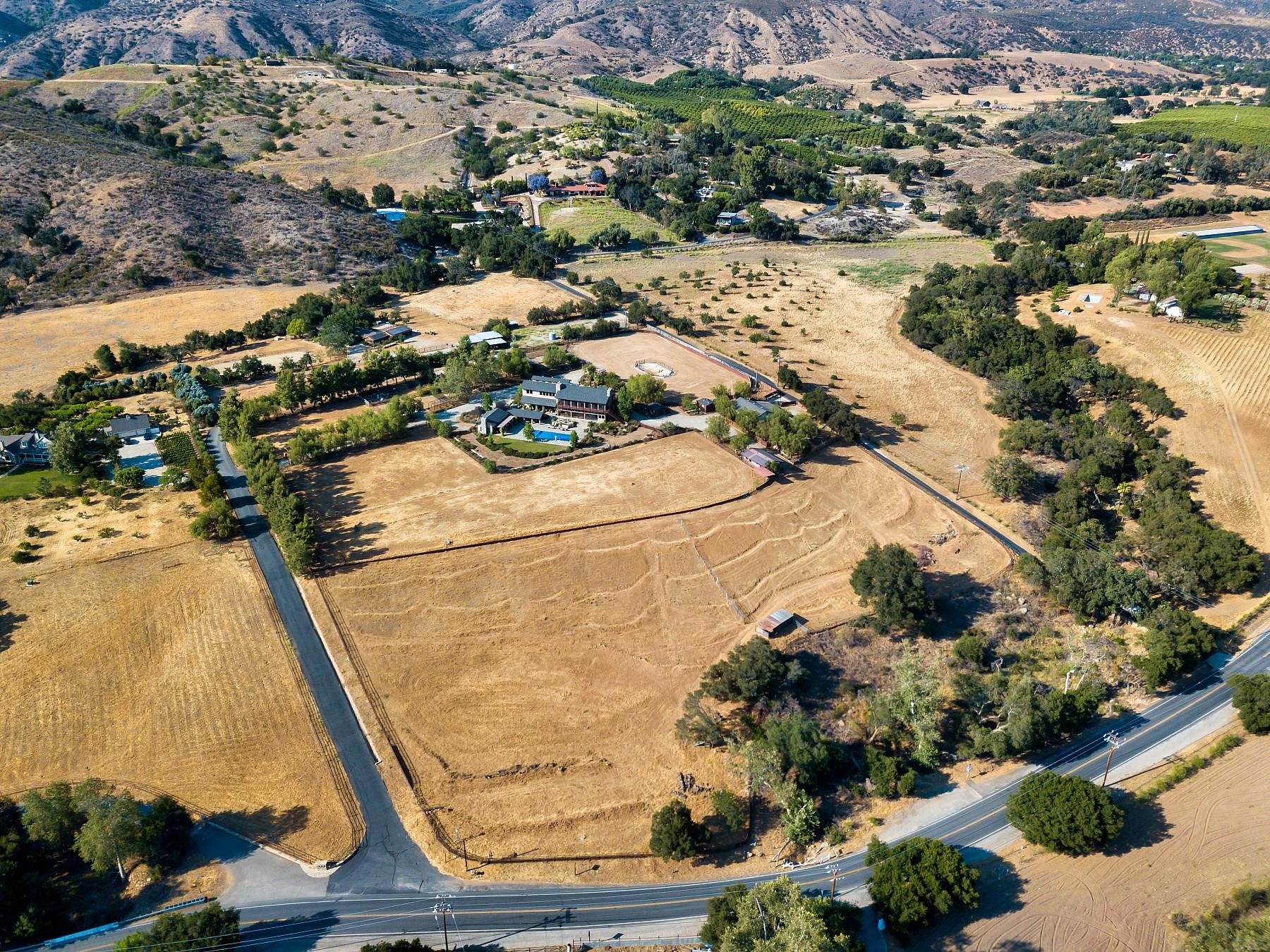 12261 Highwinds Road, Ojai, CA 93023