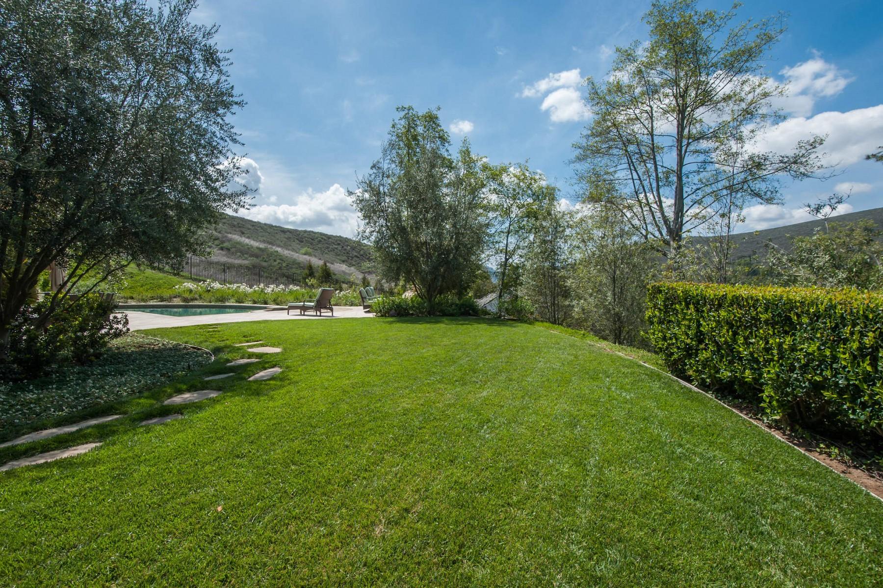 4232 Cresthaven Drive, Westlake Village, CA 91362
